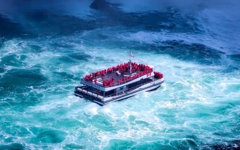hornblower cruise boat