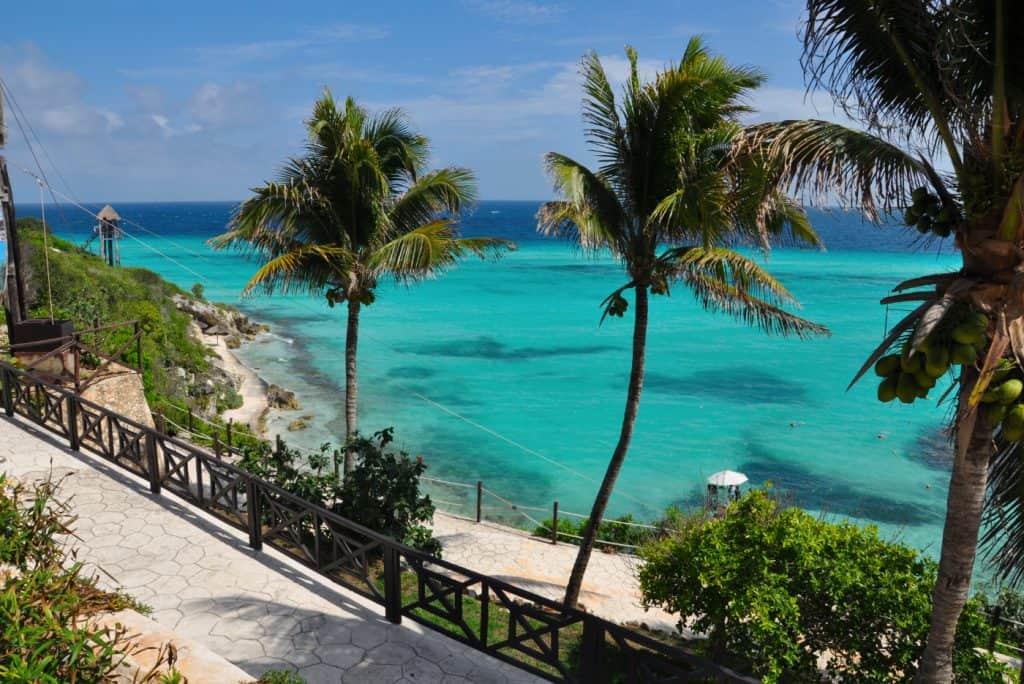 isla mujeres beach view