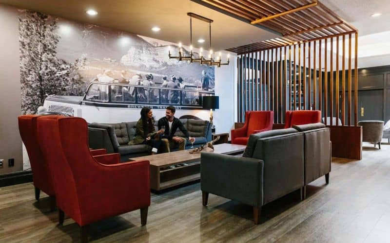 elk avenue hotel banff