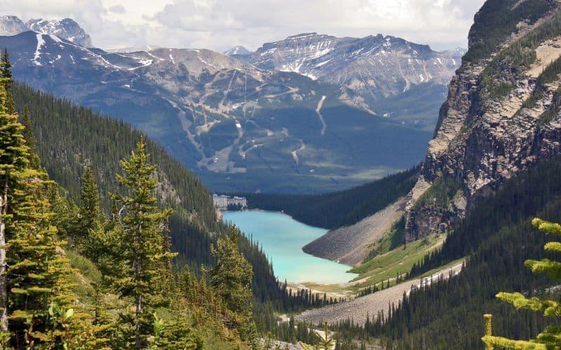 Plain of Six Glaciers Trail banff ab NL