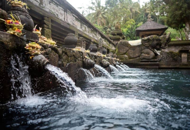 tirta empul temple bali indonesia