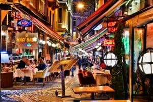Restaurants in Istanbul at night near sultan ahmed mosque