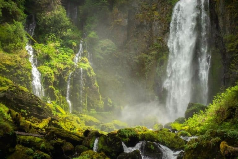 oahu waterfall hawaii